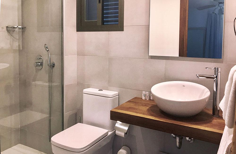 baño_L